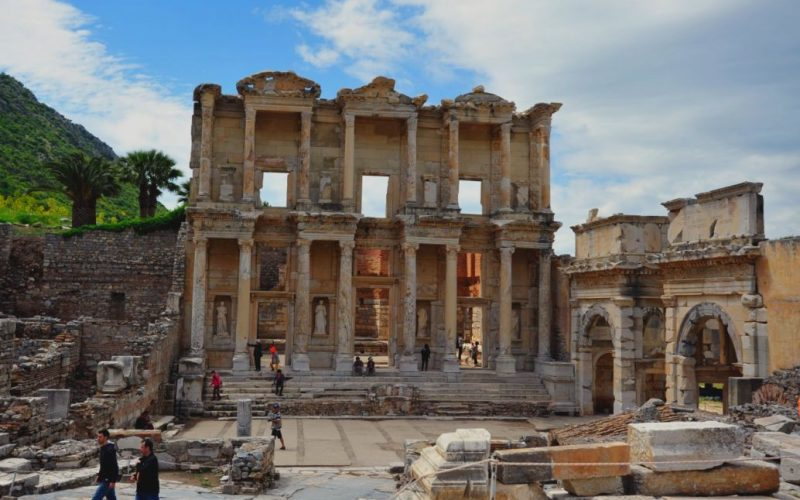 Ephesus-ancient-city-celsus-library