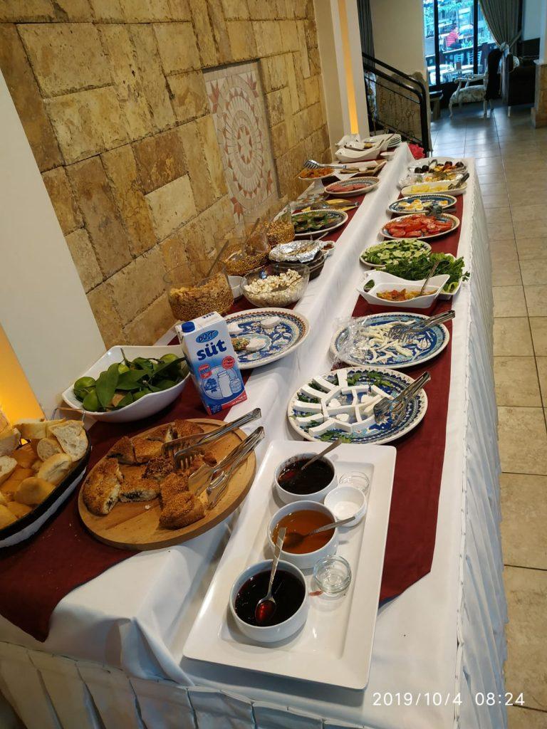 Selcuk-Hotel-Breakfast